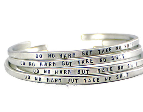 Jewelry  Bracelets  Cuff Bracelets  engraved cuff women  inspiration jewelry  motivation bracelet  silver engraved cuff do no harm jewelry  mature  Nurse Doctor gift  mother daughter  sister best auntie  Mantra Jewelry  Mantra Band cuff Duo Stef  mantra bangle