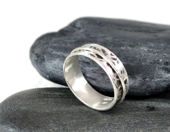 Spinner Ring For Women. Womens Silver Spinner Ring. Hammered Sterling Silver Ring. Thumb Ring. Wide 7mm Spinner Ring. Textured Band.