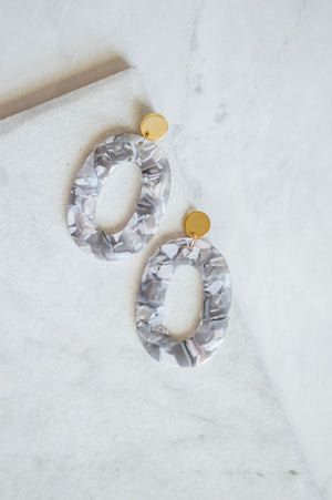 Kosma Resin Drop Earrings | Stone Grey