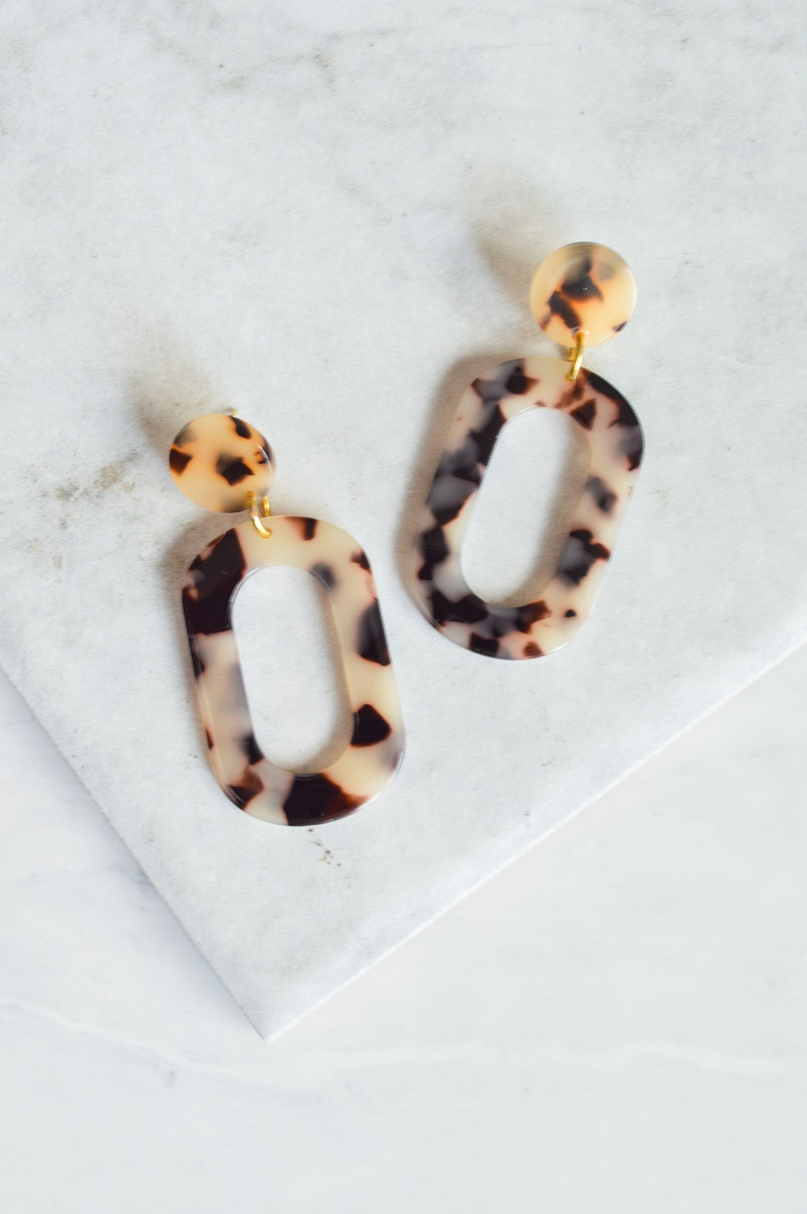 Isle Blonde Tortoiseshell Drop Earrings