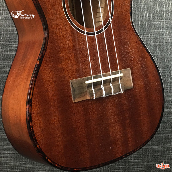 Journey Solid Mahogany Concert with Pickup (UC-310E)