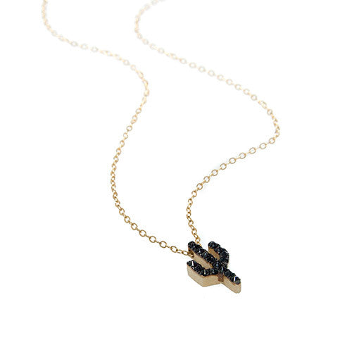 THE PIONEERTOWN NECKLACE