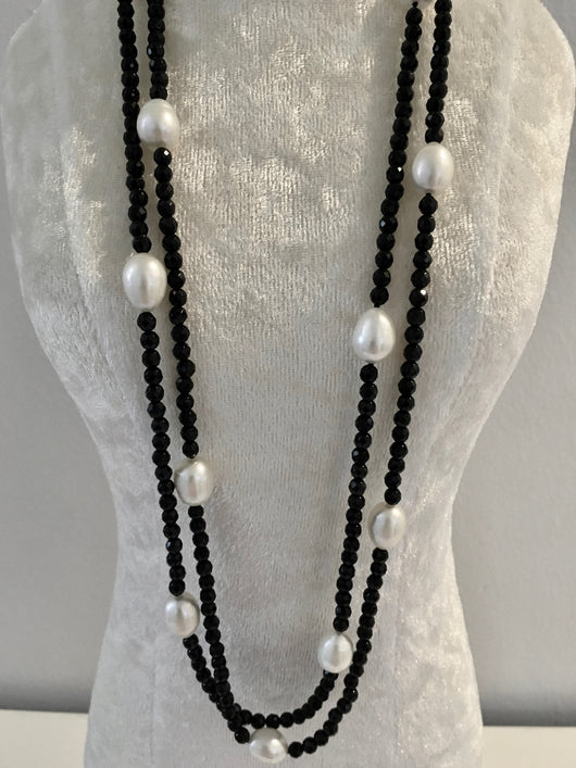 Onyx and Pearl Necklace (6)