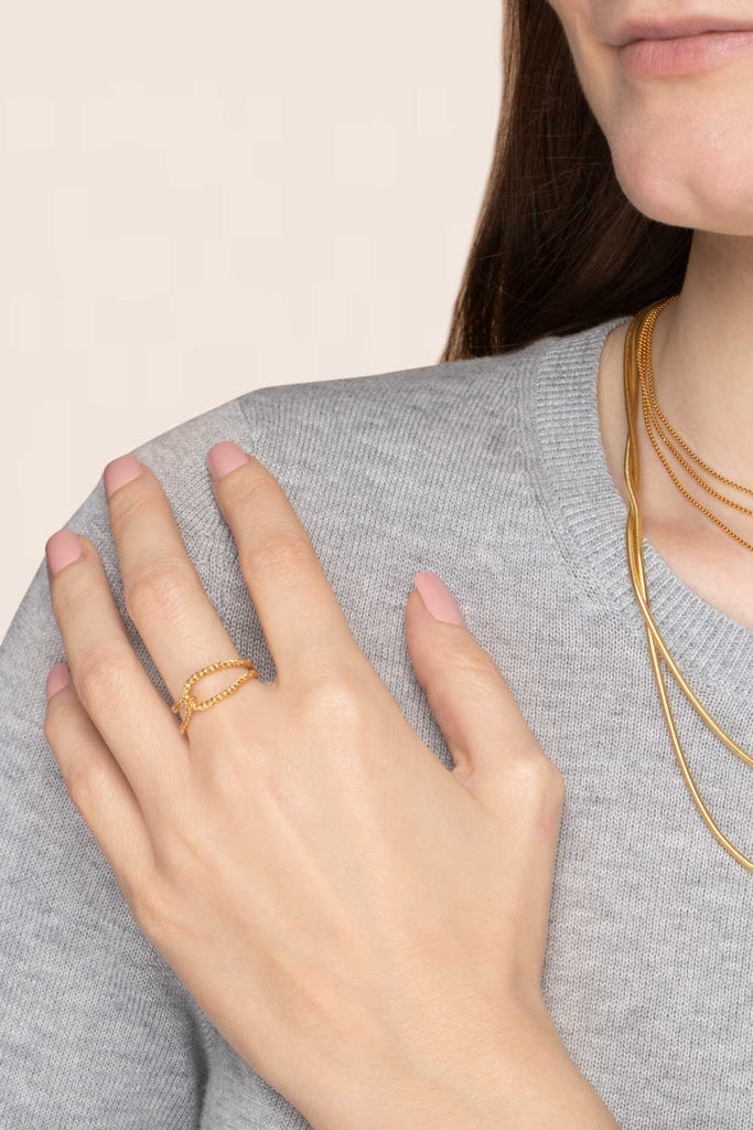 Looped Chain Ring - Gold