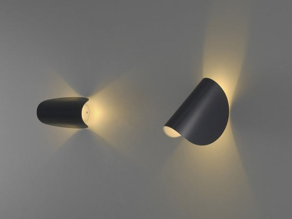 IO LED Wall Light