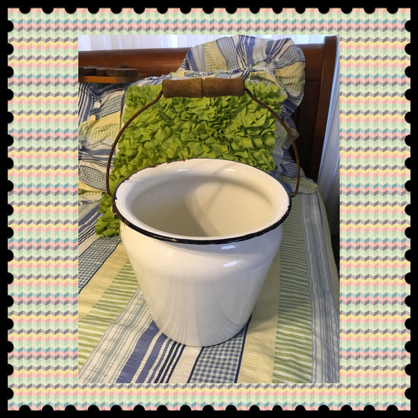 Chamber Pot Slop Bucket Without Lid Vintage Enamel Planter Home Decor Bath Decor - JAMsCraftCloset