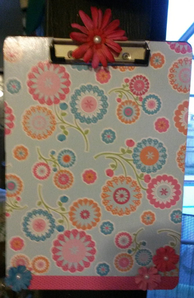 Clipboard Handcrafted Pink and Blue Circle Design - JAMsCraftCloset