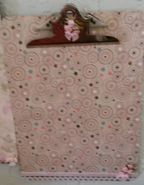Clipboard Handcrafted Pink Blue White Circle Print Design - JAMsCraftCloset