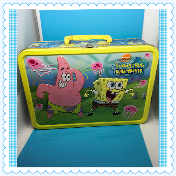 SpongeBob SquarePants HUGE 13x9x4 Viacom Lunch Box c. 2005 Still has the TO: and FROM:  Tag on the Handle JAMsCraftCloset