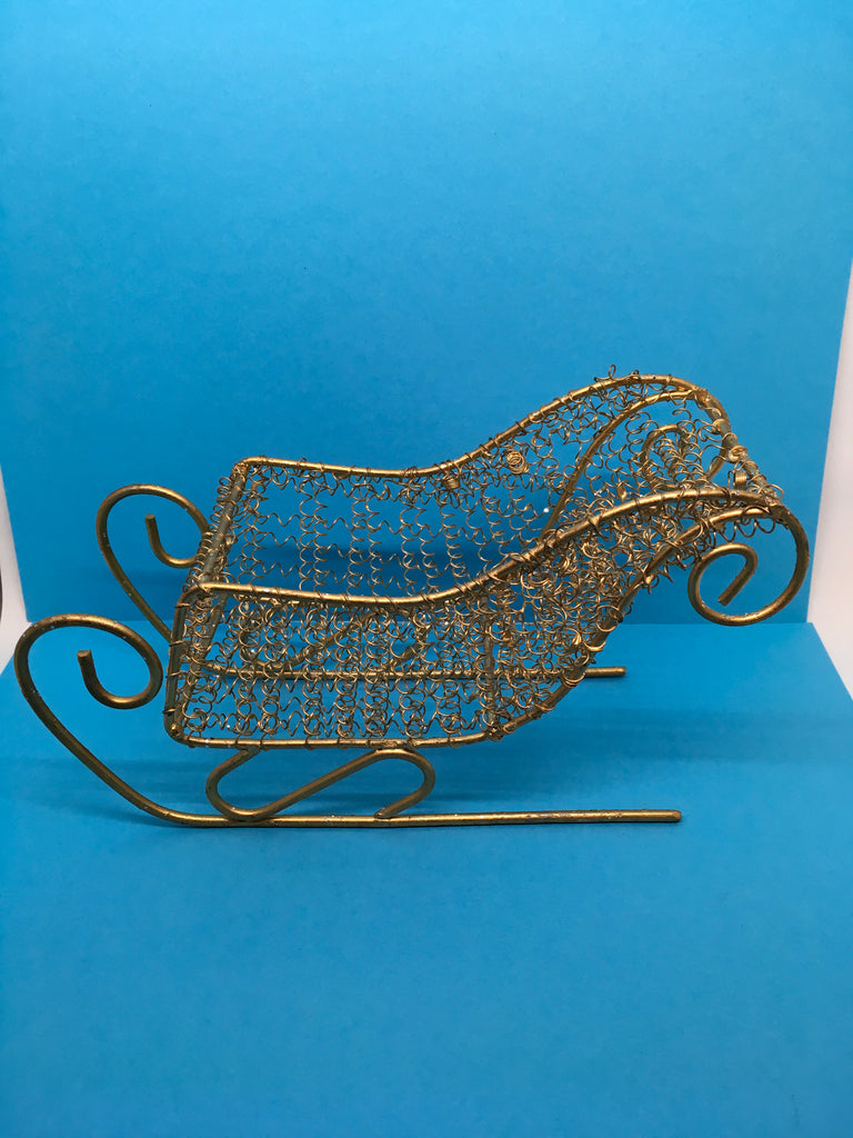Sleigh Small Holiday Christmas Vintage Wire Gold Unique 5 x 8 x 3 Inches