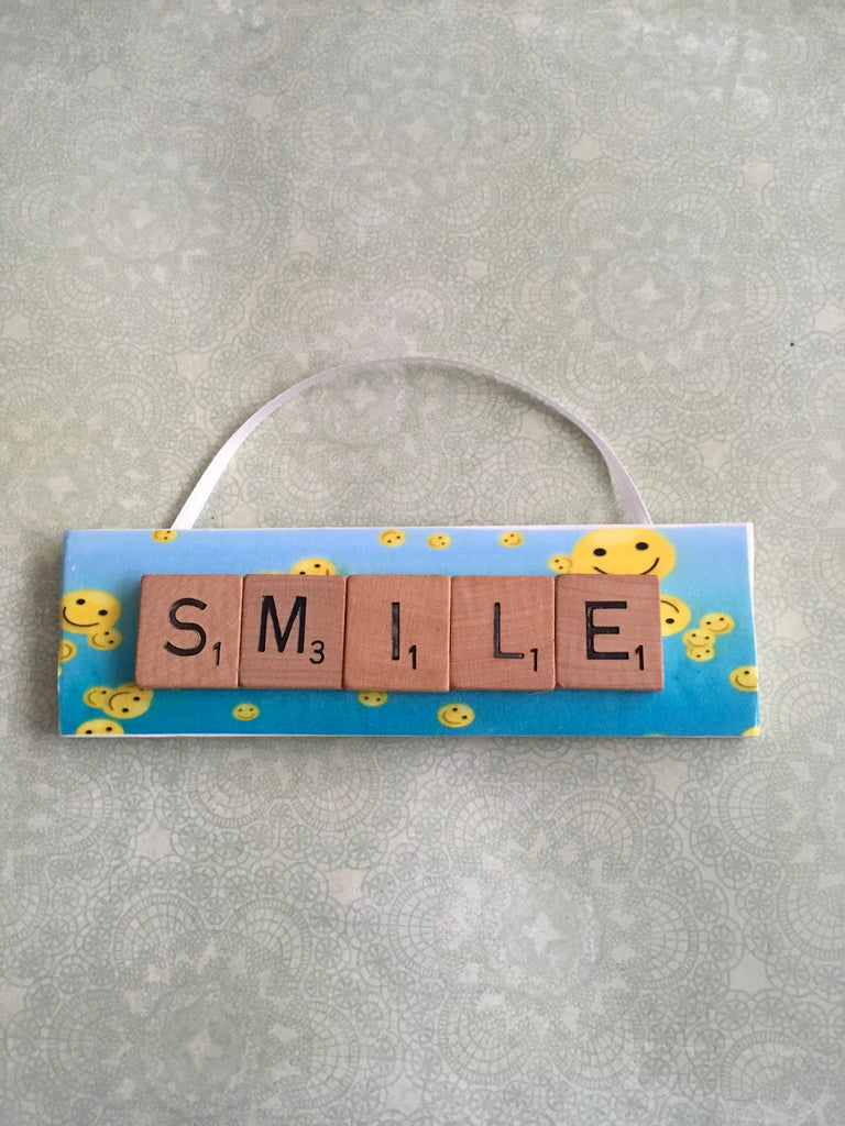 Ornament Magnet Wall Art Handmade Wooden Positive Saying Scrabble Pieces SMILE Tree Holiday Decor
