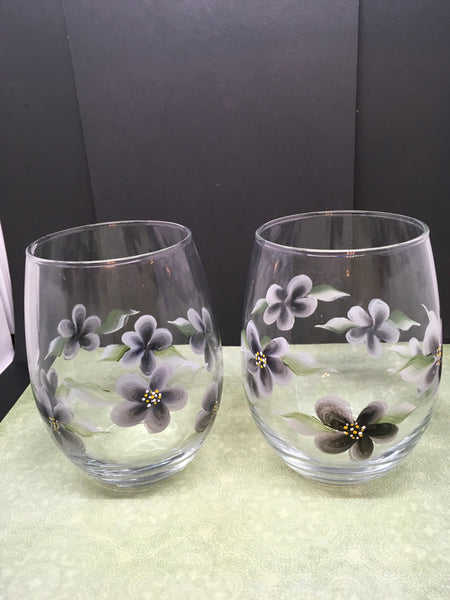 Glasses Hand Painted Clear Water, Soda, Etc  Painted With Black Flower Accents Set of 2 - JAMsCraftCloset