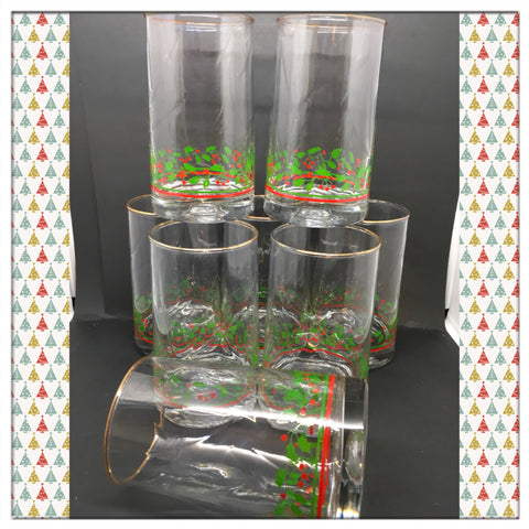 Vintage Clear Glass Christmas Holly Berry Gold Rim Swirl Optic Water Glasses Tumblers c. 1982 by Libbey Crystal Set of 4 Discontinued