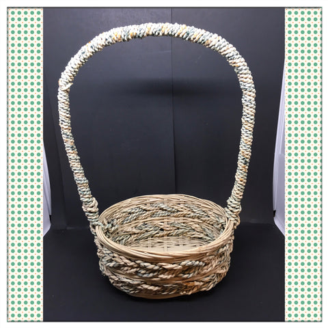 Basket Flower Girl Vintage Green Tan Oval Wicker Centerpiece Table Decor