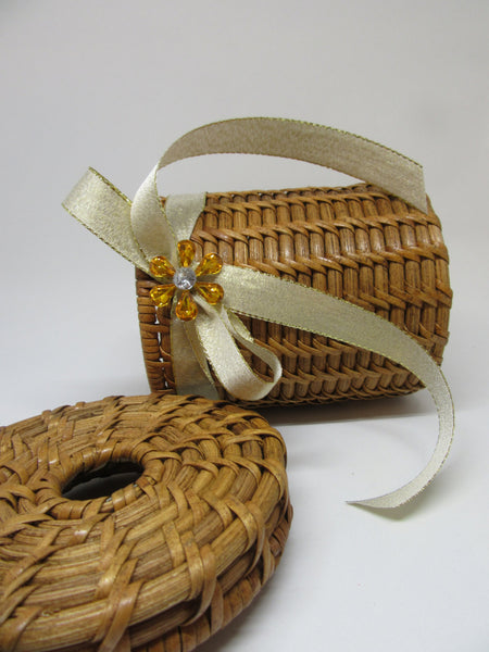 Basket Vintage Woven Round With Lid Vintage Circular Hole - JAMsCraftCloset
