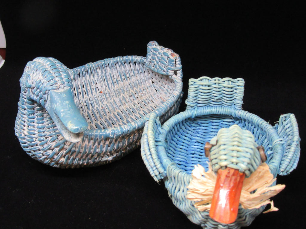 Ducks Wicker Vintage Blue Turquoise  Set of 2 - JAMsCraftCloset