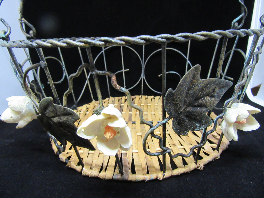 Basket Wire Vintage Ceramic Flower Centerpiece - JAMsCraftCloset