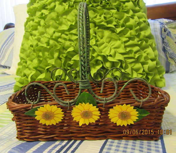 Basket Rectangle Wicker Green Wire Handles Natural Brown Yellow Daisy - JAMsCraftCloset