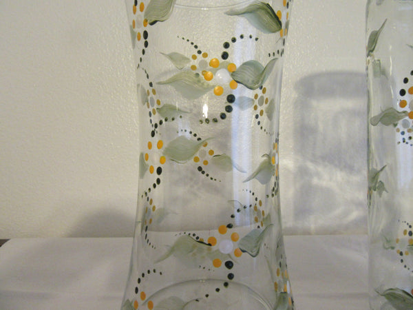 Daisy Floral Vase Hand Painted Clear Glass Yellow Choice of Two Home Decor Centerpiece Table Decor One of a Kind Unique Wedding Gift Idea JAMsCraftCloset
