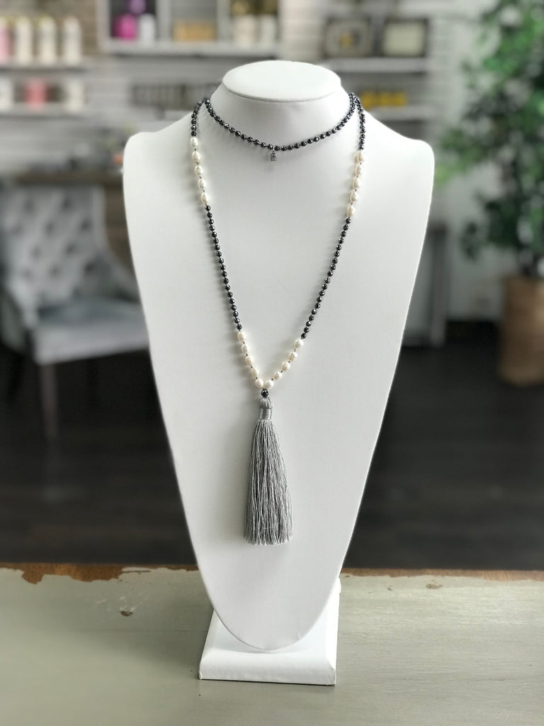 Grey fringe necklace