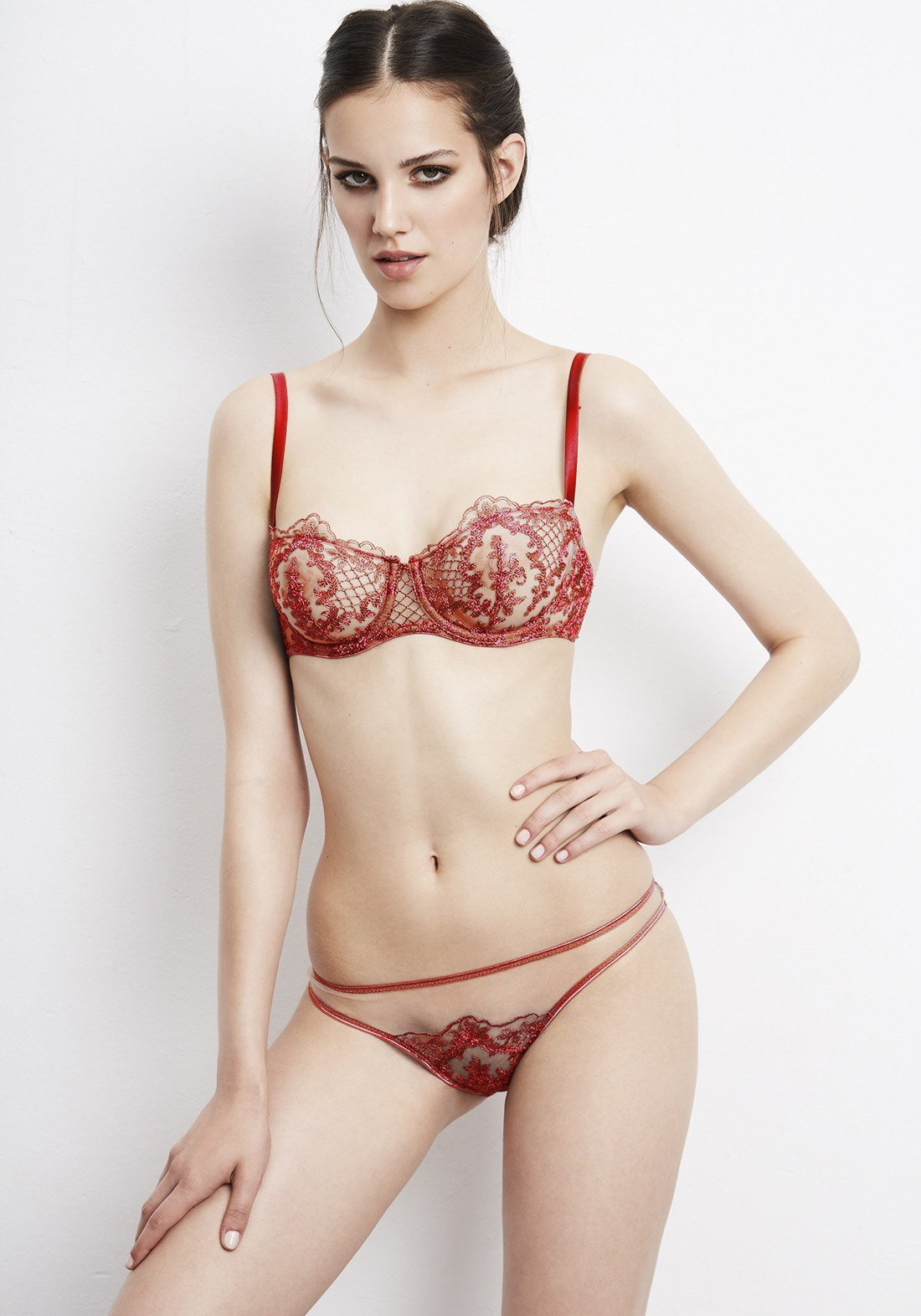 Accord Privé Low Waist Brief in Red