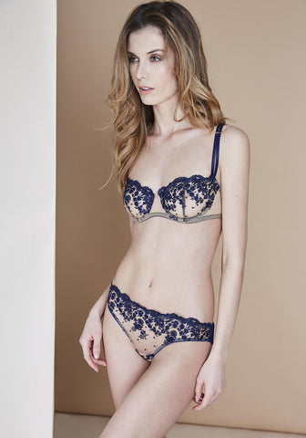 Amour Exquise brief
