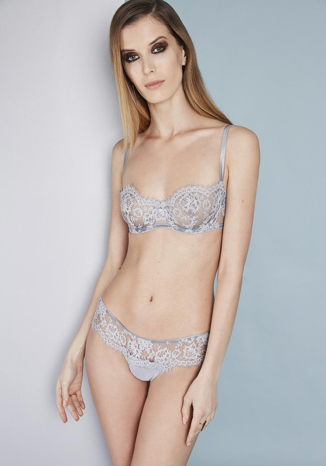 Fantasia Panty String in Grey