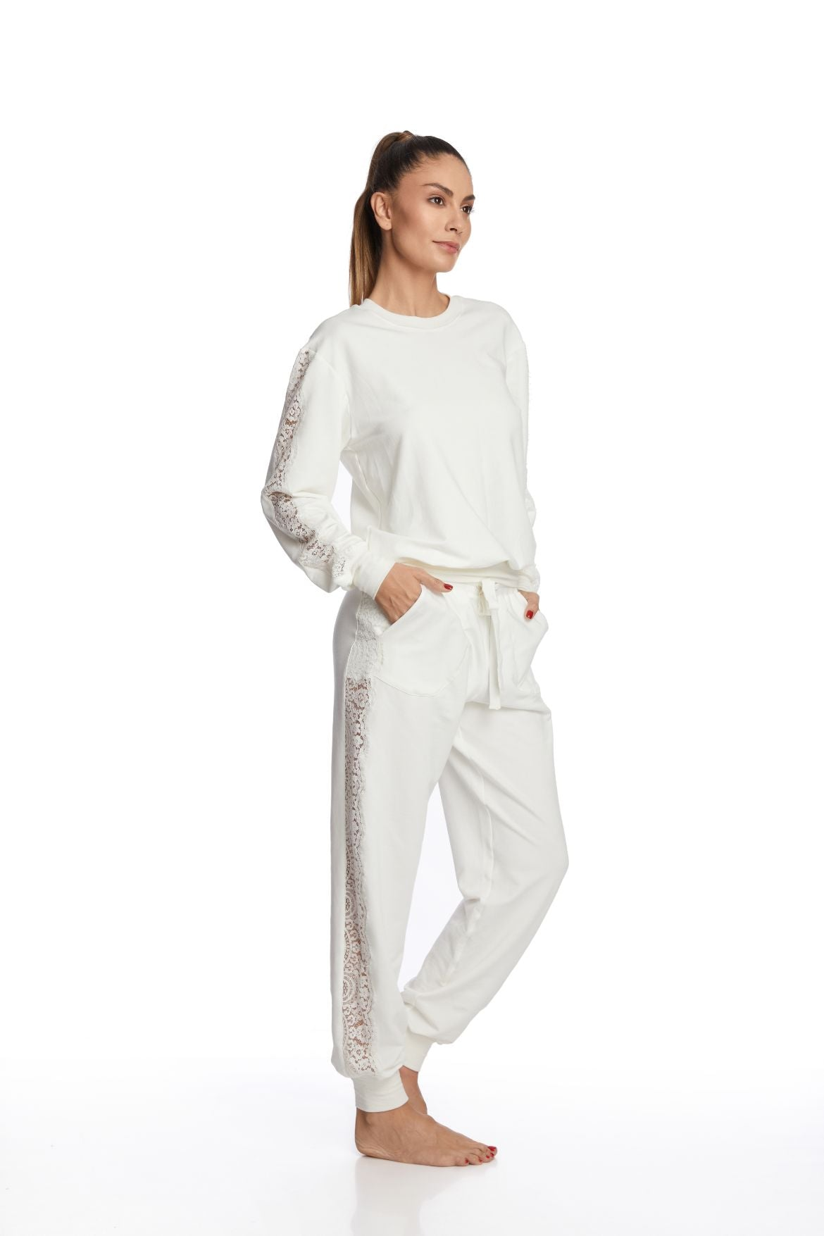 I.D. Sarrieri Modal and lace long sleeve loungewear top