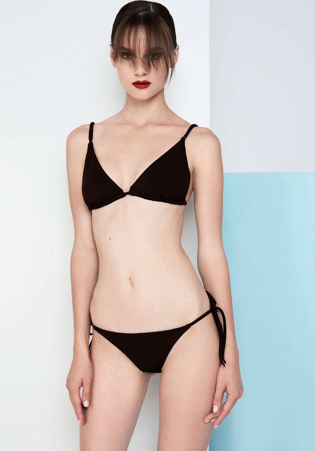 Caprice d'Été Triangle Bikini Top in Black
