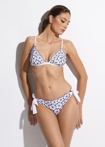 La Dolce Vita One Shoulder Bikini Top in White/Navy