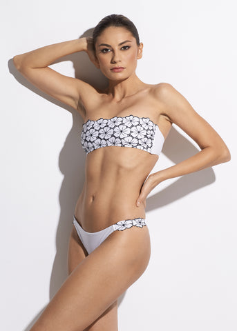 La Dolce Vita Bikini Bottoms With Ties in White/Navy