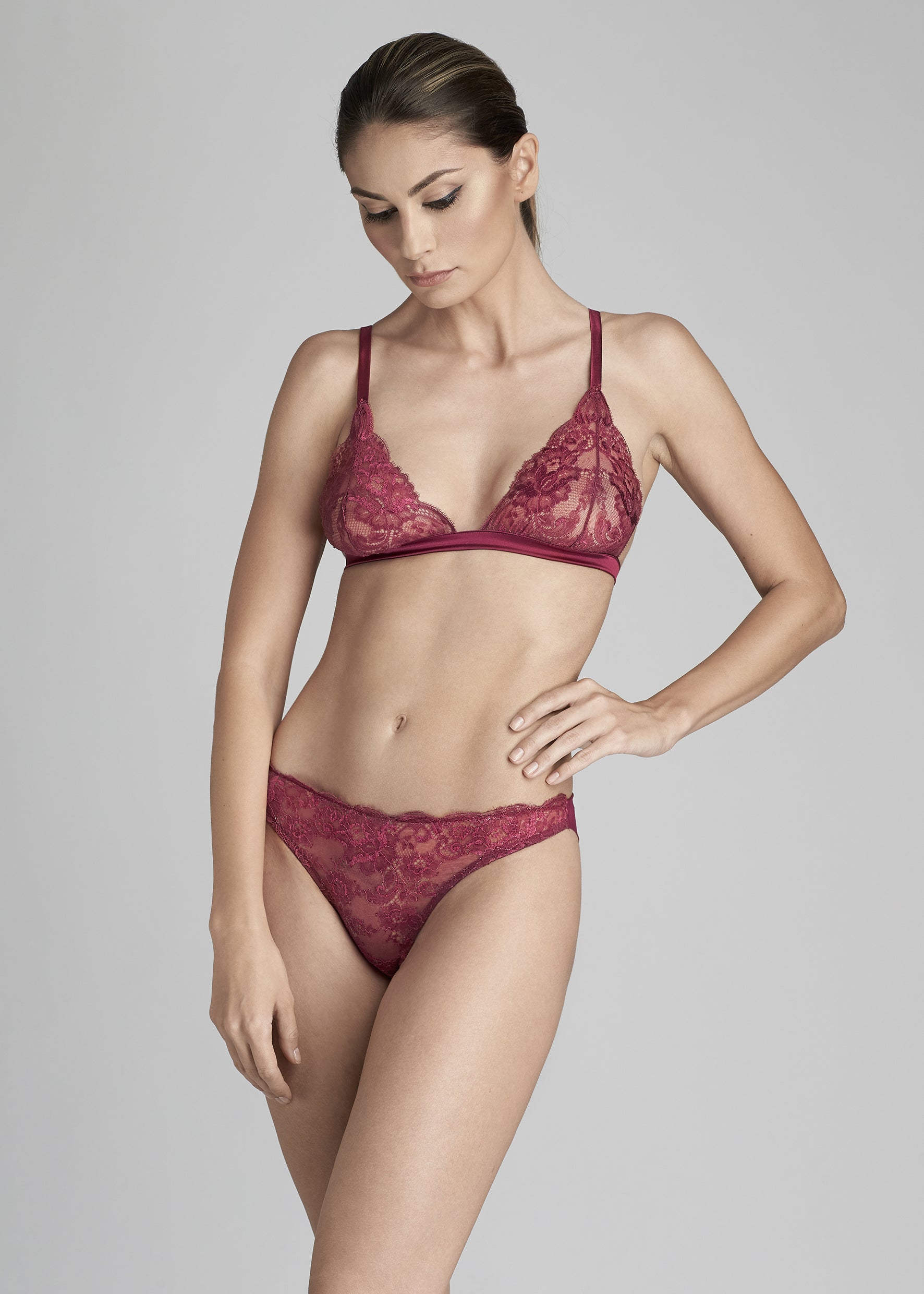 Jardin Des Roses Brazilian Brief in Orchid