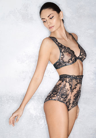 Nuit Interdit V-String with Swarovski Crystals in Black