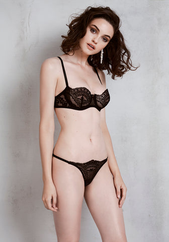 Noir Comme La Robe High Waist Brief