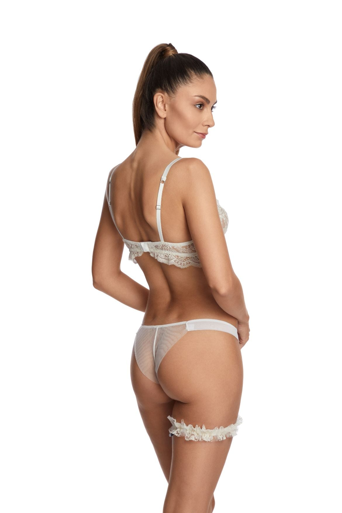 À La Rose Thong in Cream - I.D. Sarrieri