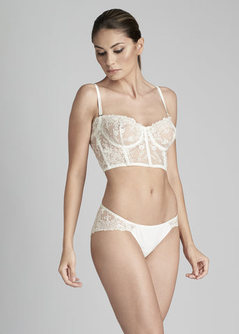 Bella V-String in Pearl White