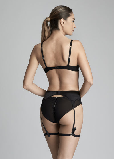 Nuit Interdit Suspender in Black - I.D. Sarrieri