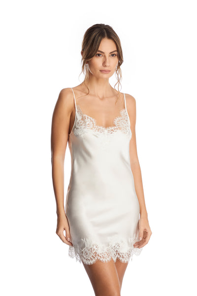 I.D. Sarrieri silk and lace ivory chemise