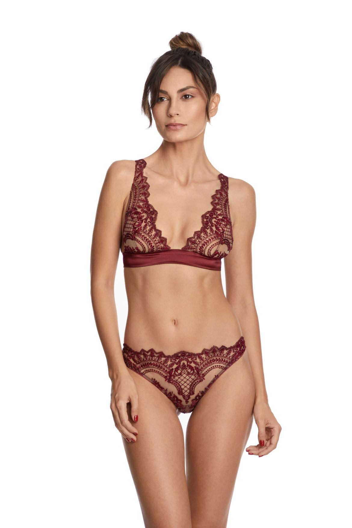 I.D. Sarrieri embroidered tulle and silk  bordeaux  triangle bra and brief