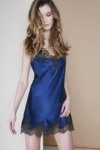 Isolde Short Robe in Navy Blue