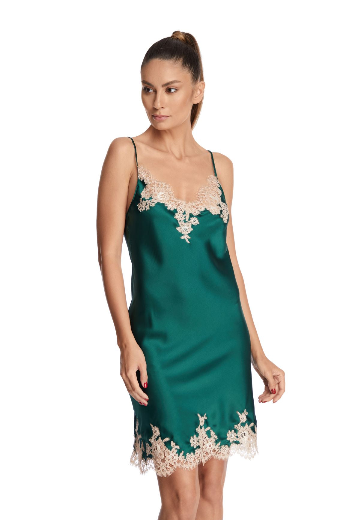 I.D. Sarrieri silk and lace pyjama chemise in green