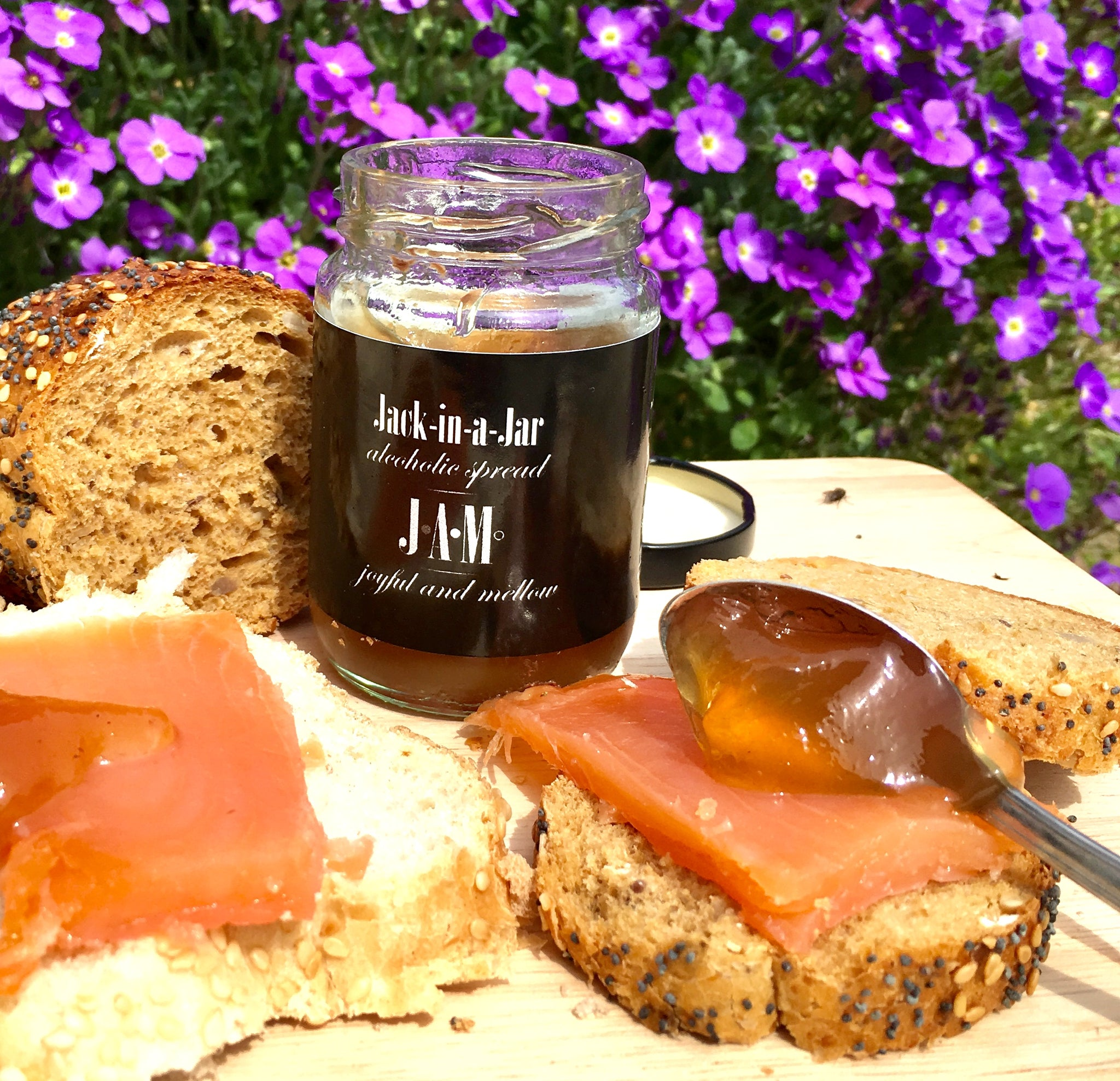 Jack-in-a-Jar Alcoholic Spread 100g or 200g - 60.8% Bourbon -15.5% ABV