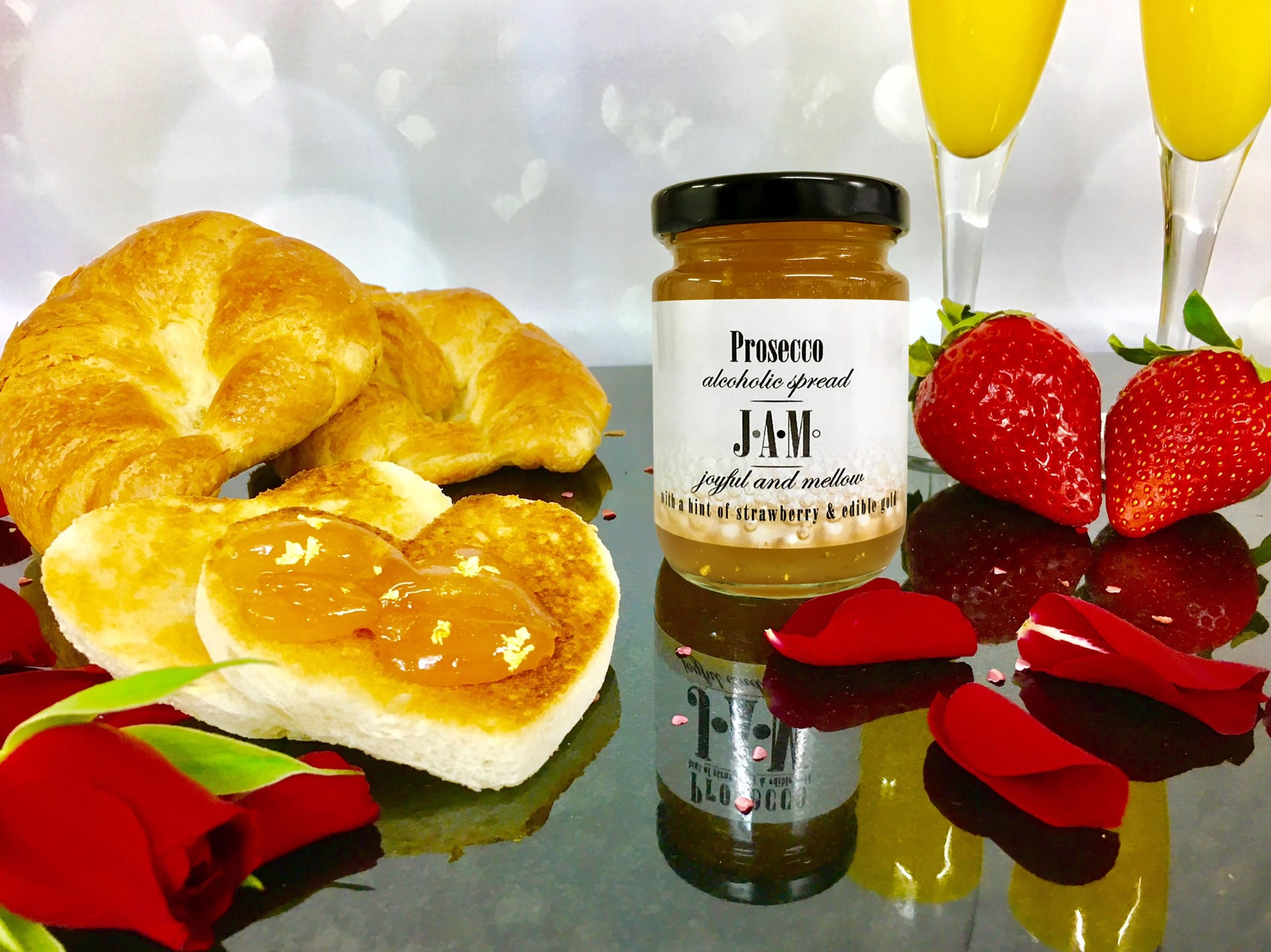 Prosecco Jam with Croissant