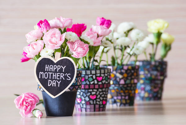 8 Ways to Say I Love You this Mother's Day