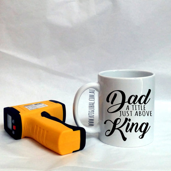 Dad a title just above King Design Mug