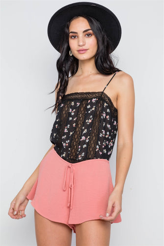 Mid Rise Solid Flounce Shorts