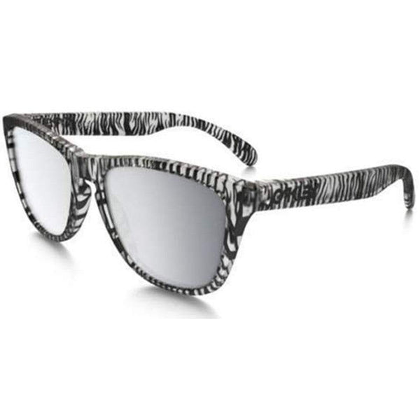c2d1b46f4d0d3 Get 30% Discount on Oakley Style Unisex Sunglasses OO9013-70