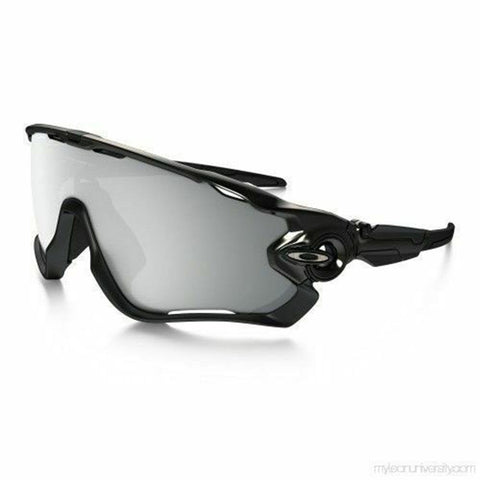 Oakley Sports Style Sunglasses W/Chrome Iridium Lens