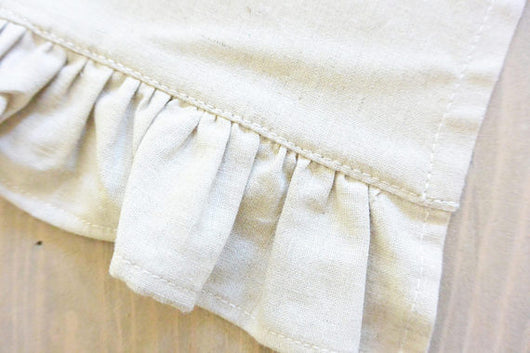 Plain Ruffle Table Runner