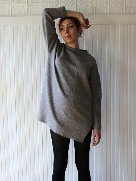 Hackwith Design House / Long High-neck Sweater